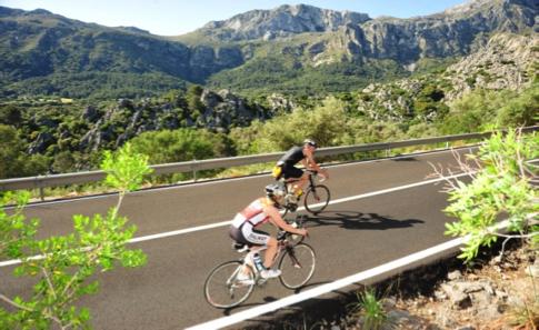persoonlijke-ervaringen - Mallorca Triathlon 3 - Mallorca Ironman 70.3 - IJzer en zon op Mallorca - raceverslag, Mallorca, ironman, internationaal, Charles