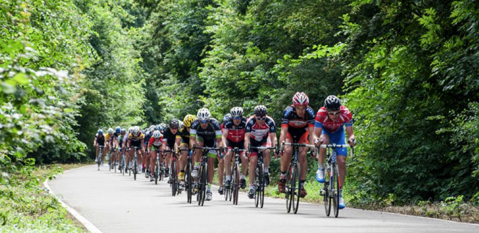 persoonlijke-ervaringen - NK Wielrennen Medici 2014 5 - NK Medici – Klamme handjes met rood wit blauwe nagels - raceverslag, Nederland, Fietsen, Charles