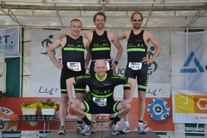 - UHTT Run Bike Run Team Geel Teamfoto 705x470 - Nieuws -